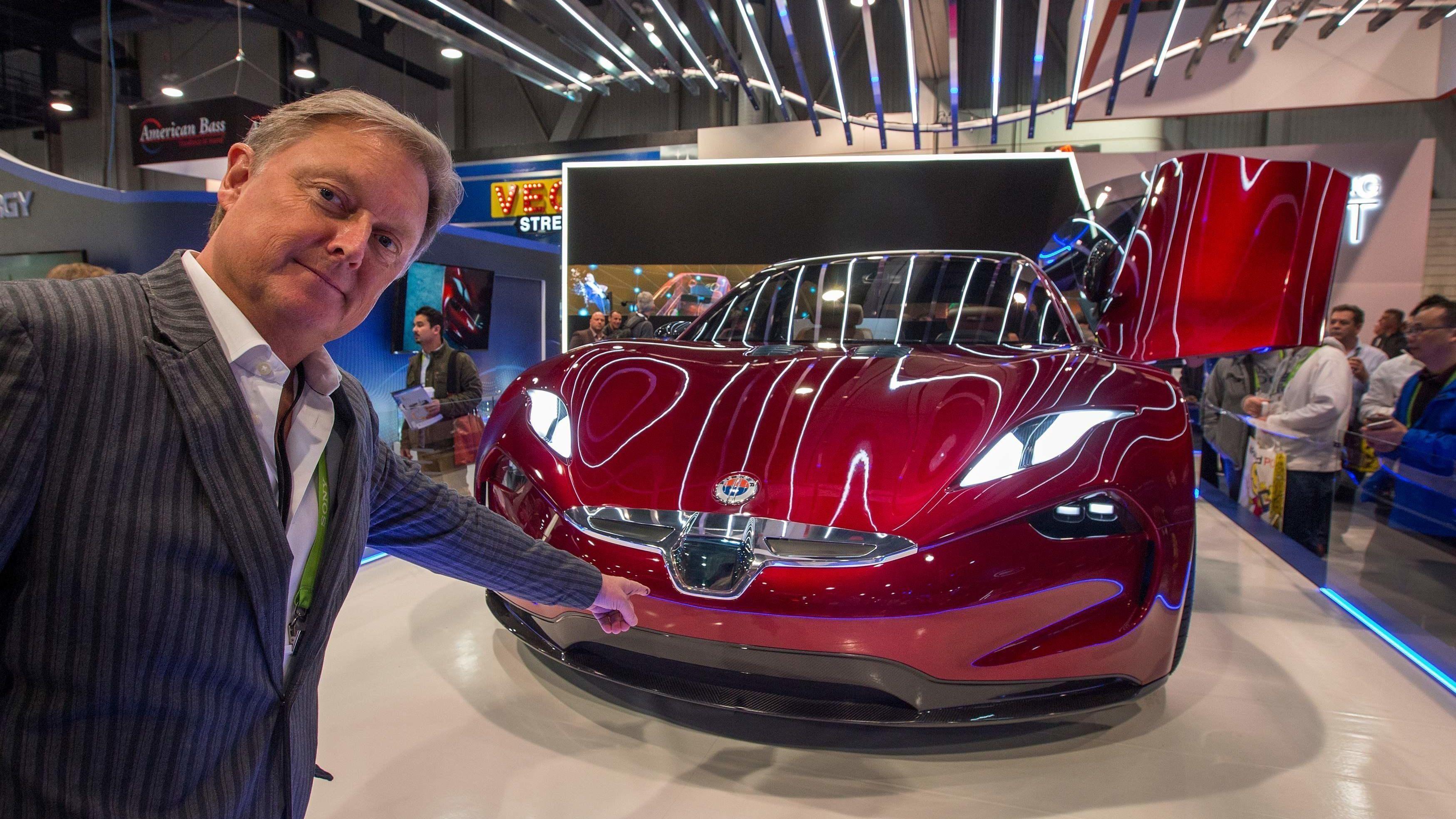 FISKER EMOTION: Elbiler med såkalte «solid state»-batterier er på veiene før 2023, ifølge bildesigneren og gründeren Henrik Fisker. Batteriene skal ha 2,5 ganger høyere energitetthet enn litiumion-batterier.