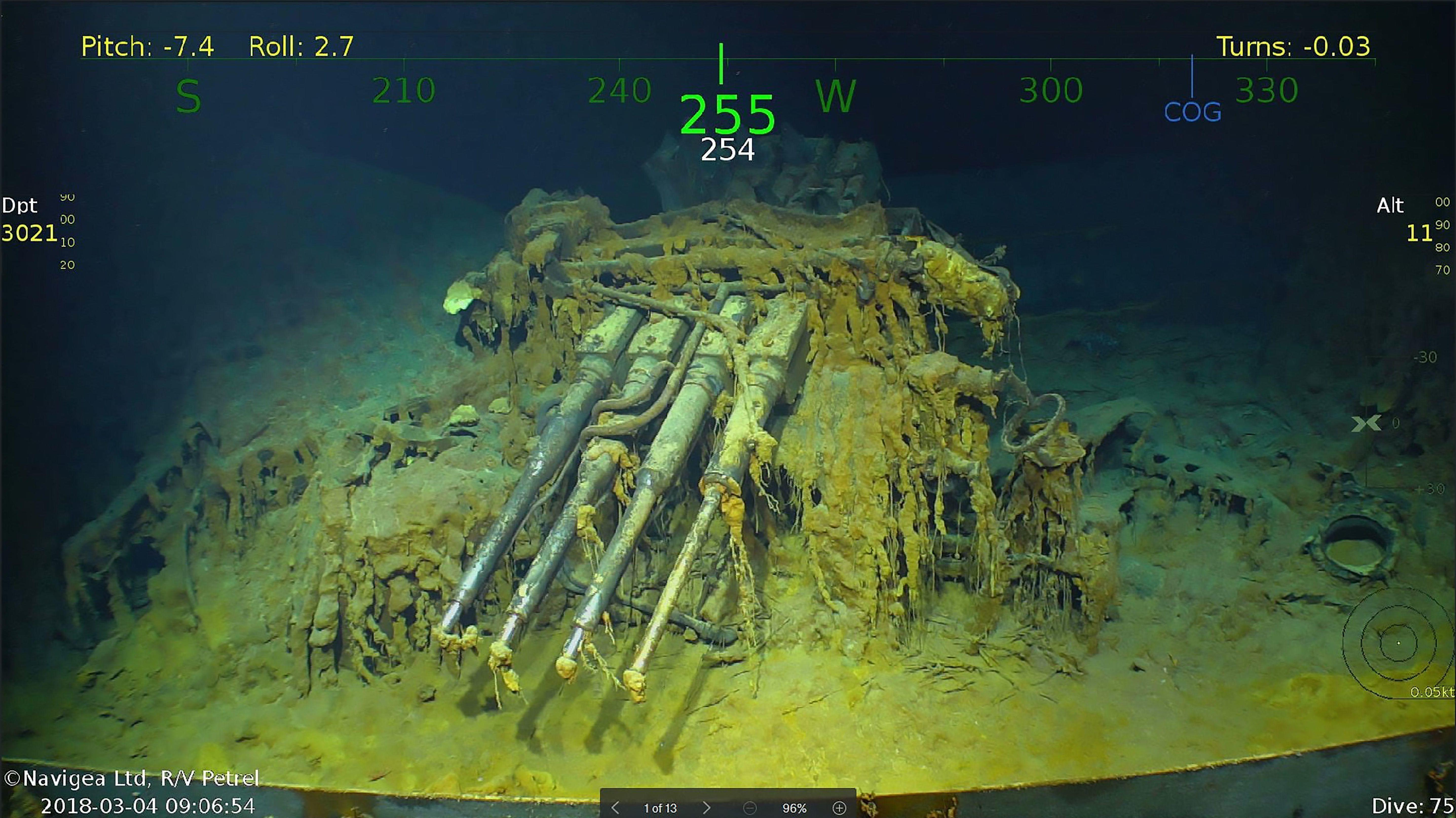 VÅT GRAV: USS Lexington sank under 2. verdenskrig. Nå har styrtrike Paul Allen funnet det igjen på 3000 meters dyp.