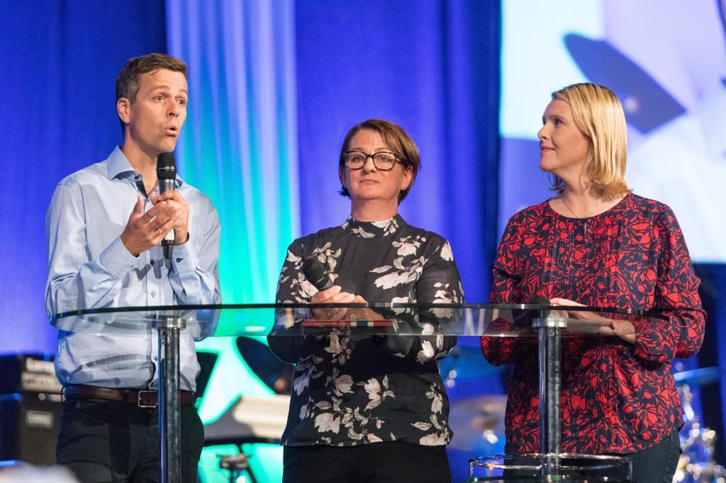KrF-leder Knut Arild Hareide (t.v.), mener justisminister Sylvi Listhaug (FrP) er mer populistisk enn Donald Trump.