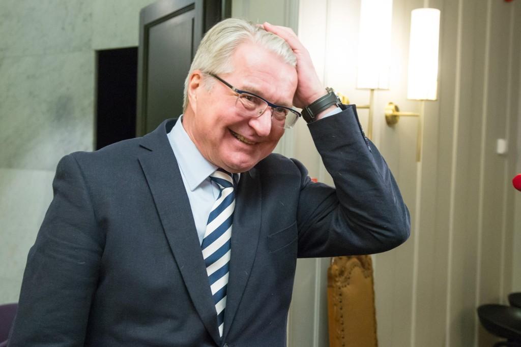 Fabian Stang er kritisk til sin tidligere sjef.