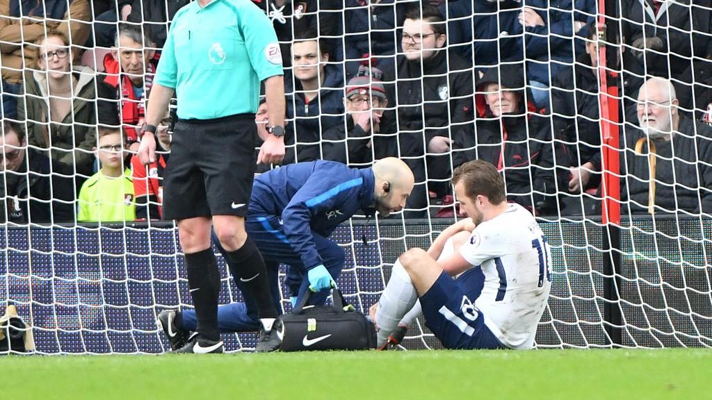 Tottenhams Harry Kane er ute i sju uker med en ankelskade, skriver Daily Mirror.