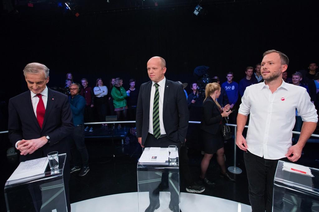 FULL SPLITTELSE: Arbeiderpartiet er splittet på midten, men Ap-leder Jonas Gahr Støre stemmer for ACER. De to rødgrønne partnerne - Senterpartiets Trygve Slagsvold Vedum og SVs Audun Lysbakken er sterke motstandere.