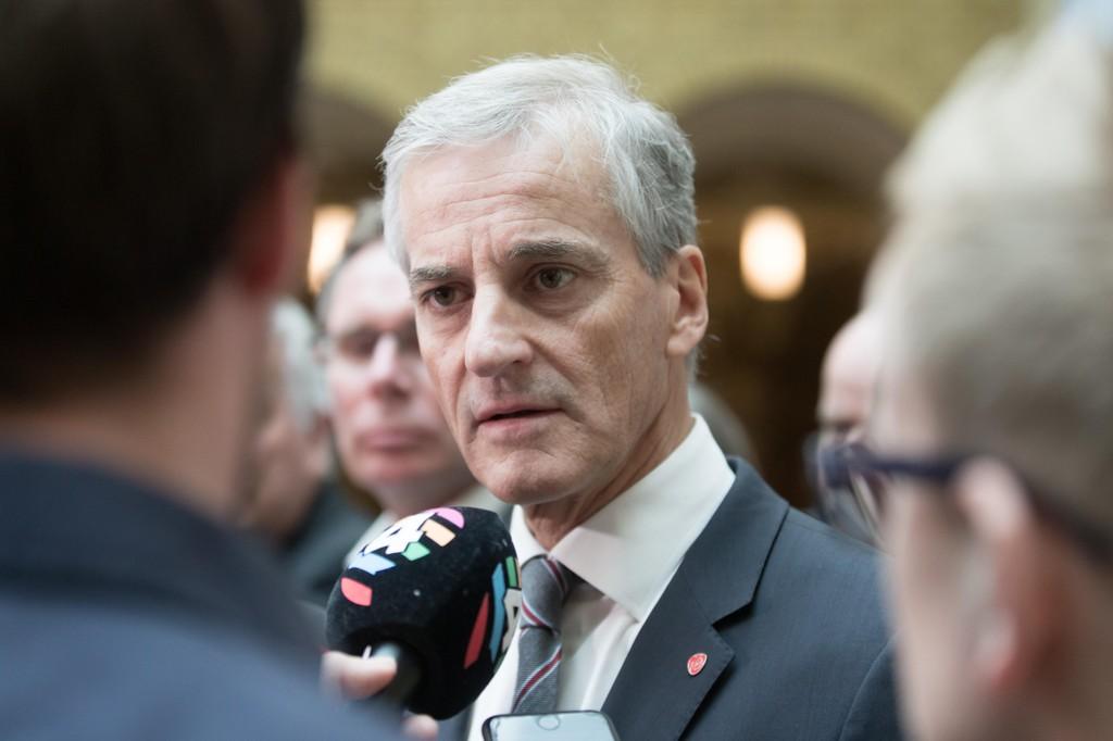 Om strømprisene øker raskt kan Jonas Gahr Støre og Arbeiderpartiets ja til Acer utløse dype sprekker i partiet.