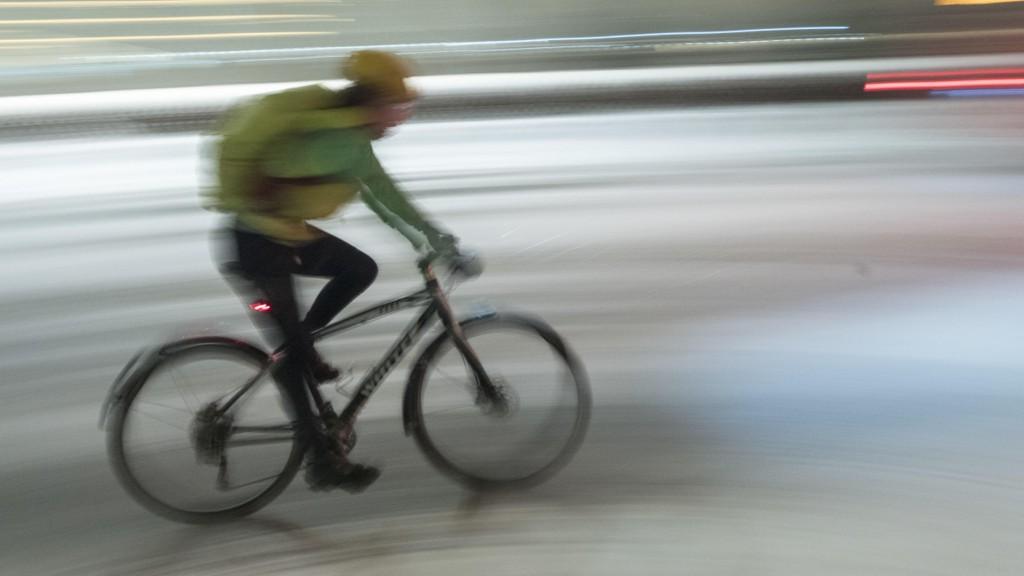 SKATTEFRADRAG: Syklister bør få samme skattefradrag for reiser til jobben og mellom jobbmøter som bilistene.