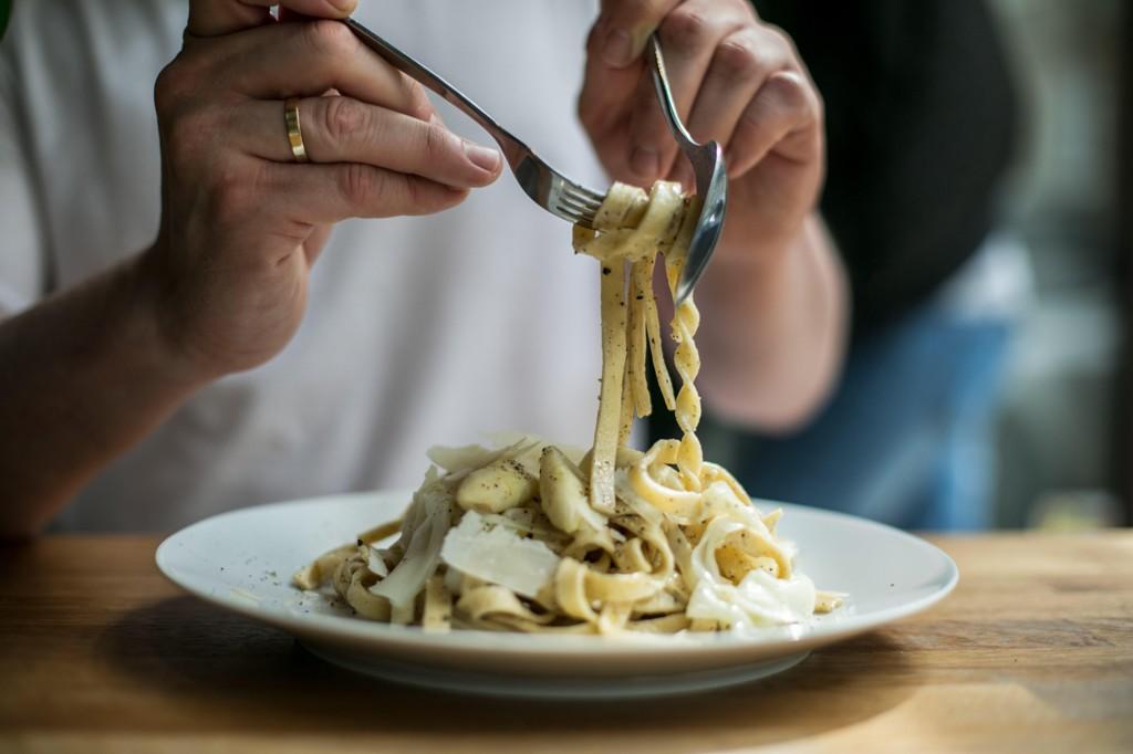 GJØR DEG IKKE TJUKK: En ny studie tyder på at å spise pasta ikke fører til vektøkning.