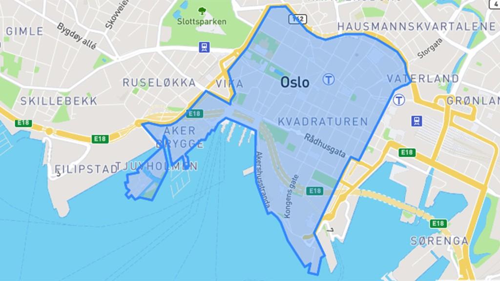 FJERNES: Her innenfor Ring 1 i Oslo sentrum fjerner Oslo-byrådet 767 parkeringsplasser på gatenivå. Innen året er omme vil stort sett alle parkeringsplassene være borte i sentrumsgatene.