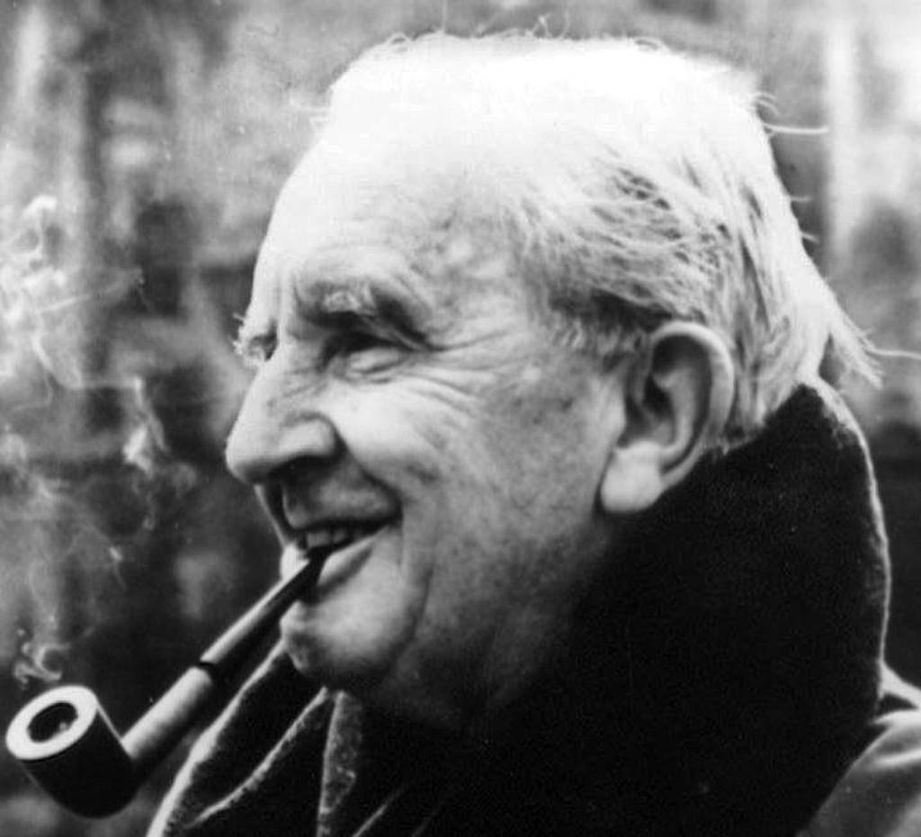NY BOK: I august kommer en ny Tolkien-bok, denne skal John Ronald Reuel Tolkien ha skrevet mens han lå på sykehus etter Slaget ved Somme i 1916.