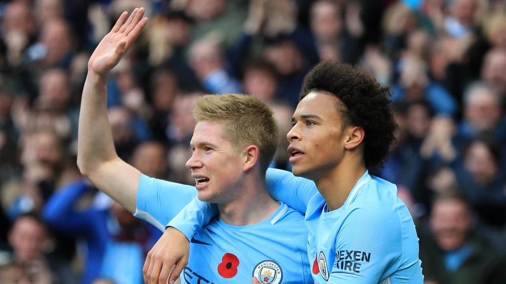NOMINERT: Både Kevin De Bruyne og Leroy Sané er to av de seks nominerte til å vinne årets spiller i Premier League.