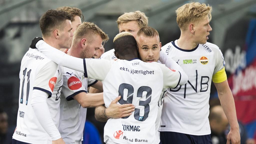 Marcus Pedersen og hans lagkamerater håper på hjemmejubel i kveldens kamp mot Odd. Her fra Intility Arena forrige lørdag.