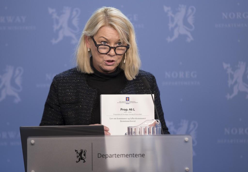 Kommunal- og moderniseringsminister Monica Mæland har forsvart å ikke ha en høringsrunde i forbindelse med nye fylkesnavn. Foto: Vidar Ruud / NTB scanpix