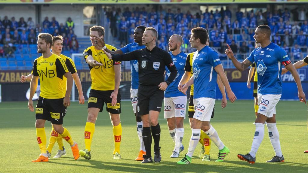 STRAFFE: Svein Oddvar Moen gav Molde straffe mot LSK.