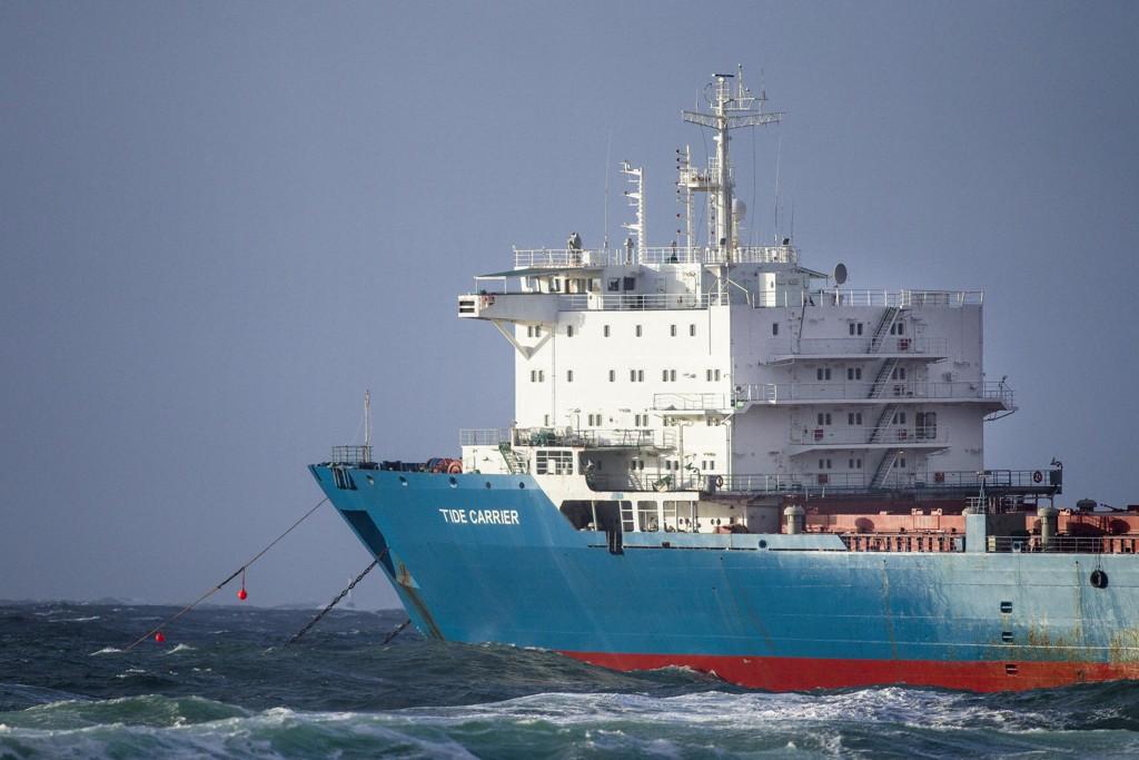 Bildet er fra redningsaksjonen knyttet til lasteskipet Tide Carrier ved Feistein fyr utenfor Klepp i februar i fjor. Foto: Carina Johansen / NTB scanpix.
