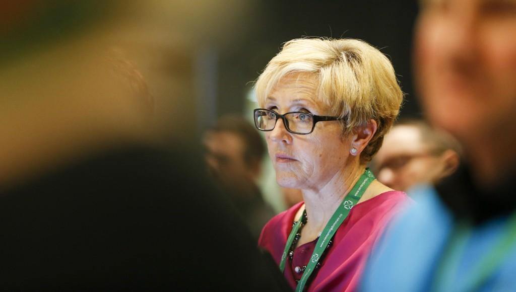 Liv Signe Navarsete fikk for to år siden en grov melding fra partikolleger på hyttetur. Nå håper hun den ansvarlige står fram og beklager. Foto: Jan Kåre Ness / NTB scanpix