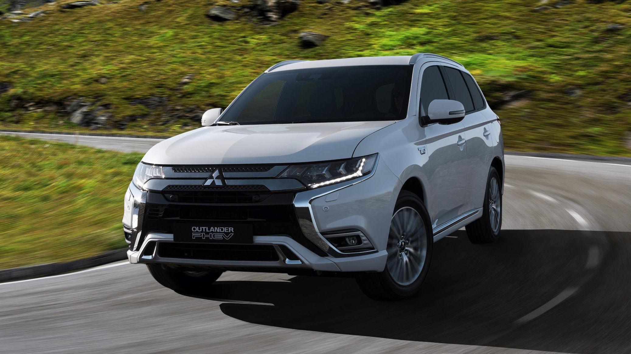 NÅDDE IKKE REKKEVIDDEN: Ingen ladbare hybrider klarte å gjenskape det offisielle tallet for elektrisk rekkevidde, i en praktisk test. Bestselgeren Mitsubishi Outlander er en av dem med størst avvik.