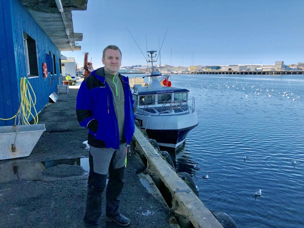 Nettavisen ble tatt godt imot av avdelingsleder Fred Evensen ved Vardøbruket onsdag 2. mai.