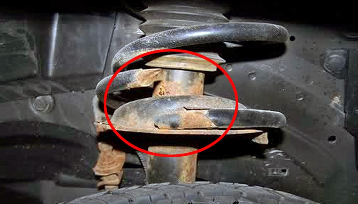 Knekte bilfjærer er veldig vanlig og det kan være vanskelig å oppdage.