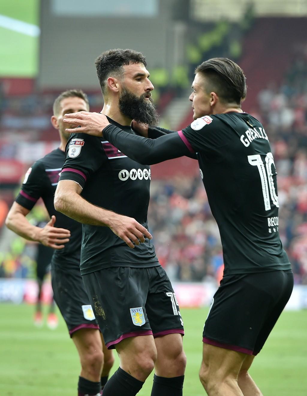 Villa var bunnsolide i den første semifinalen. I kveld er de favoritter til å ta seg til finalen.