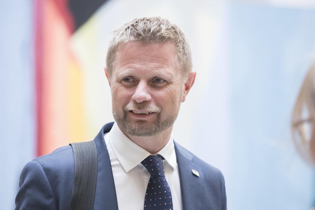 Helseminister Bent Høie (H) redegjorde tirsdag for bakgrunnen for luftambulansestriden i Stortinget. Foto: Berit Roald / NTB scanpix
