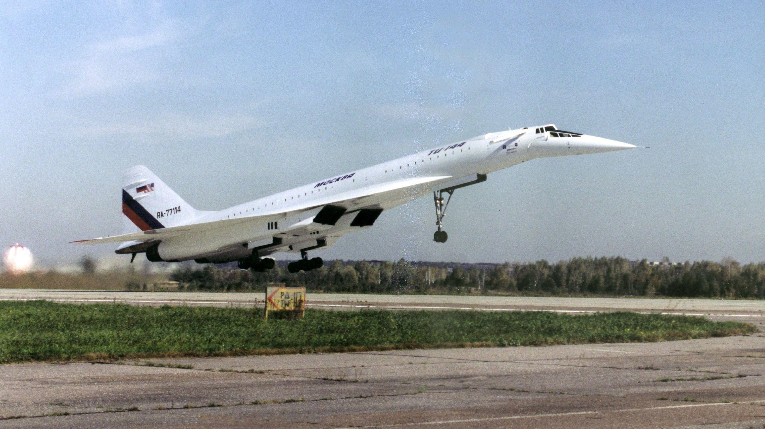 FIASKO: Tu-144 produserte bare 55 passasjerflyginger før hele det sovjetiske supersoniske programmet ble kansellert i 1983. Til sammenligning skulle Concorde fortsatt fly i 20 år og frakte rundt tre millioner passasjerer over Atlanteren.
