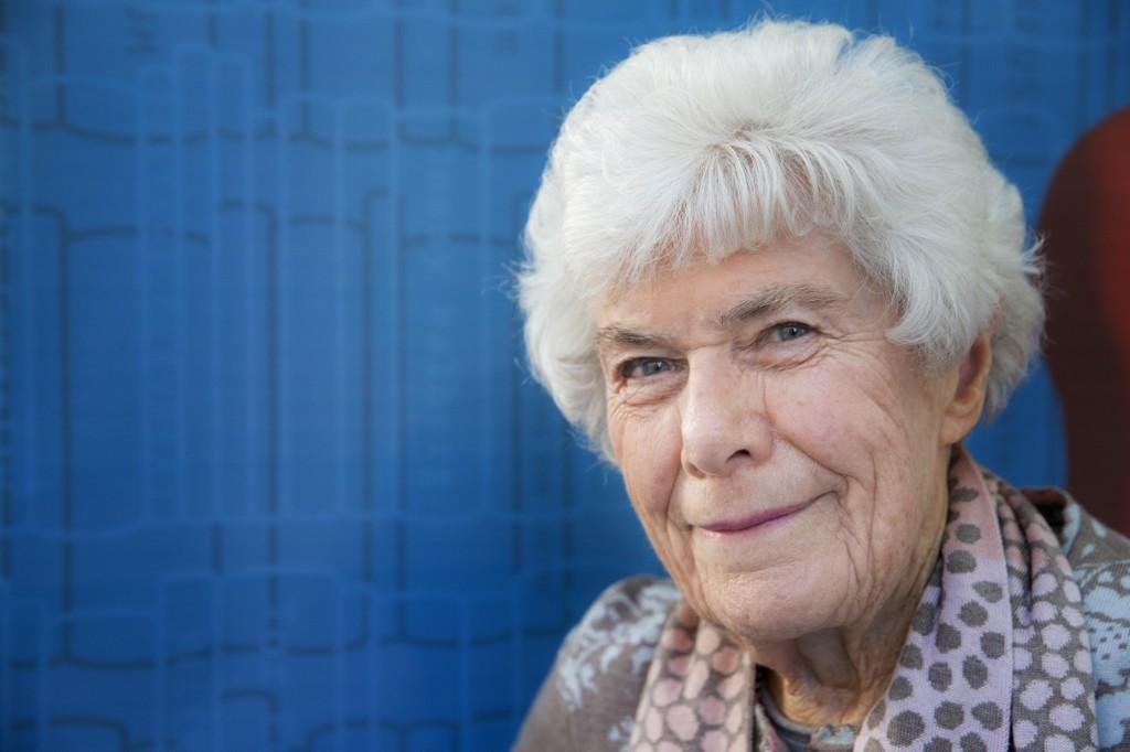 MÅ FLYTTE: Tidligere tv-kokk og hele Norges matmor, Ingrid Espelid Hovig (93), blir tvangsflyttet fra sykehjemmet der hun bor i Oslo.
