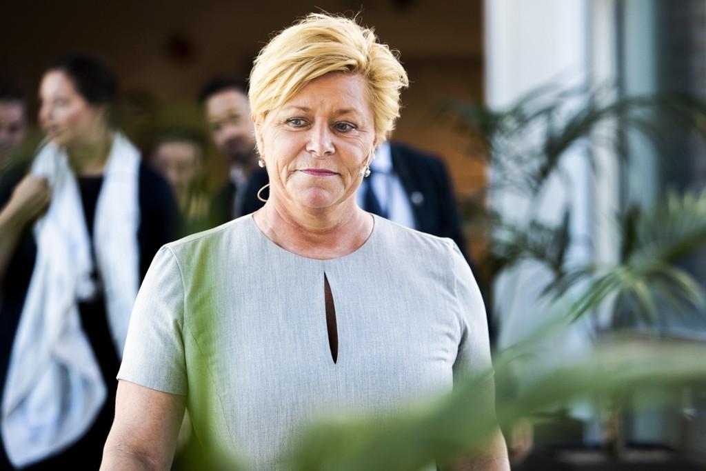 VIL FORENKLE SKATTESYSTEMET: Finansminister Siv Jensen vil forenkle skattesystemet for utenlandske arbeidstakere på kort opphold i Norge.