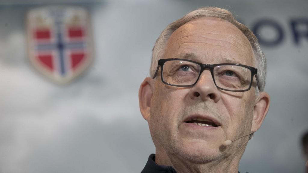 DISKUTERER FREMTIDEN: Lars Lagerbäck har snakket med Martin Ødegaard om neste sesong.