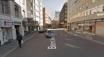 Stella Mwangi skal ifølge politiet ha promillekjørt i Bernt Ankers gate i Oslo sentrum. Det er usikkert nøyaktig hvor i gaten promillekjøringen skjedde. FOTO: Google