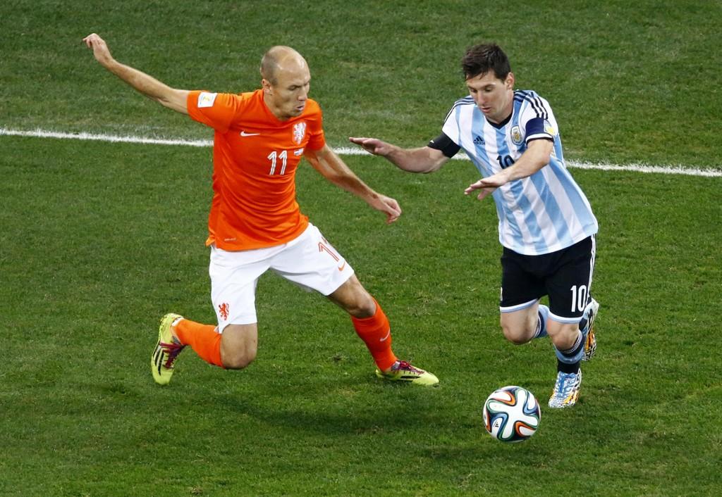 Det skjuler seg en lang og spennende historie bak Lionel Messi og Argentinas særegne driblestil.