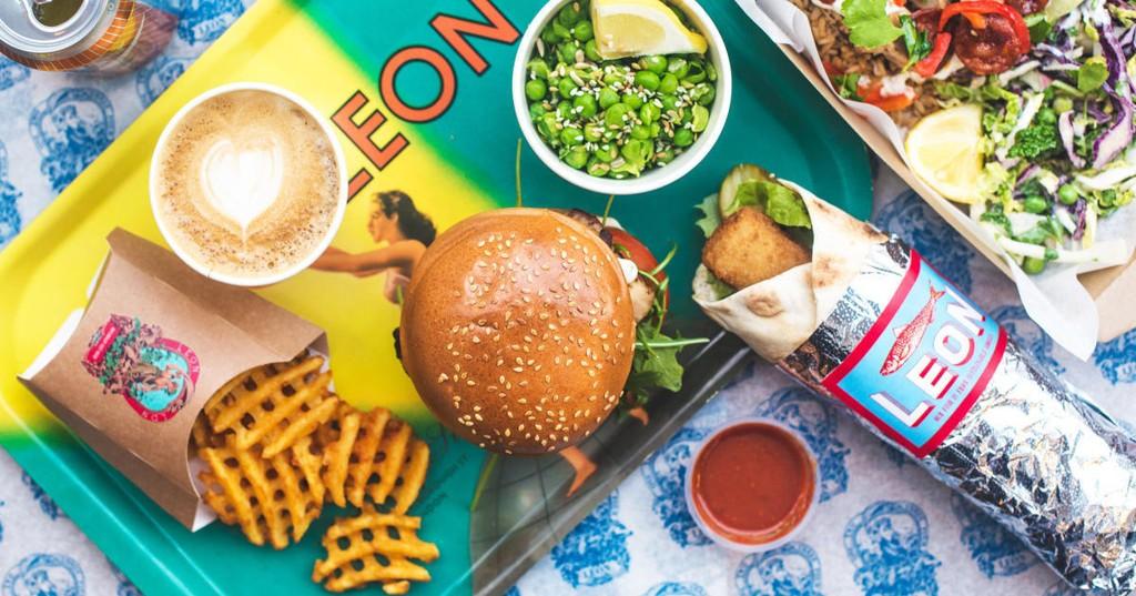 BRITISK: Fastfood-kjeden Leon etablerer seg i Norge. På menyen står blant annet burgere, fries, salater og wraps.
