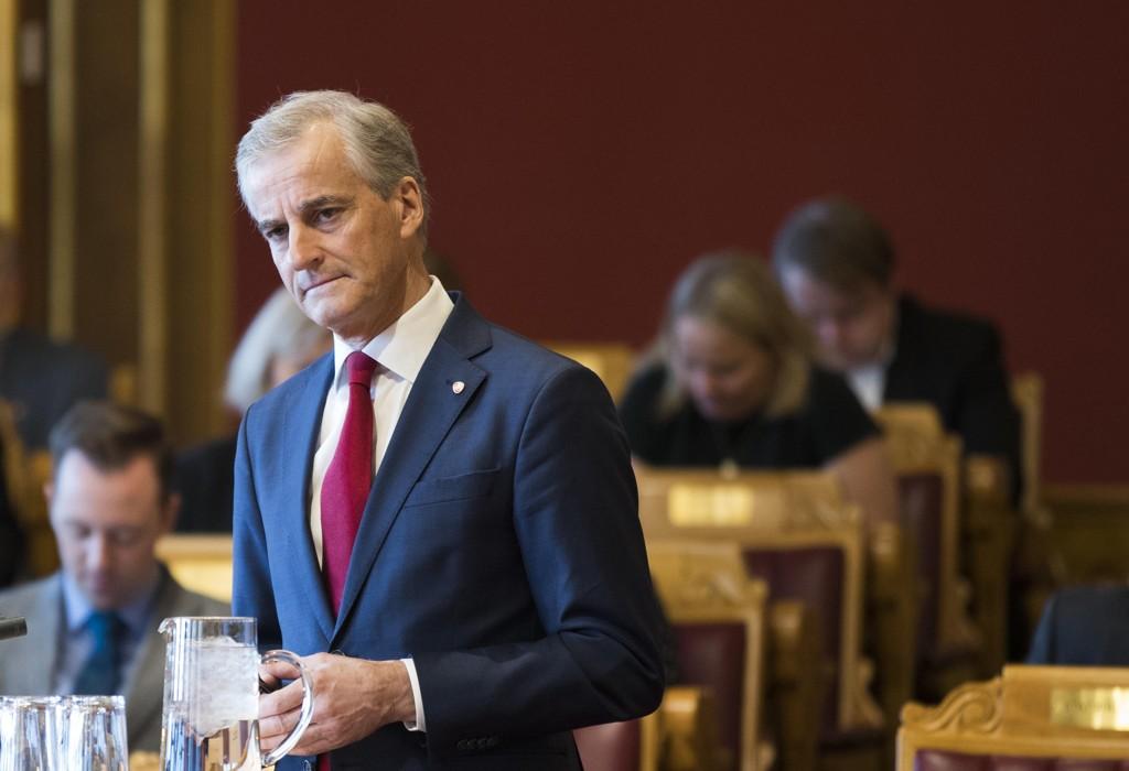 Høyre har lykkes over all forventning med fortellingen om at Jonas Gahr Støre leder et parti preget av vingling og populisme.