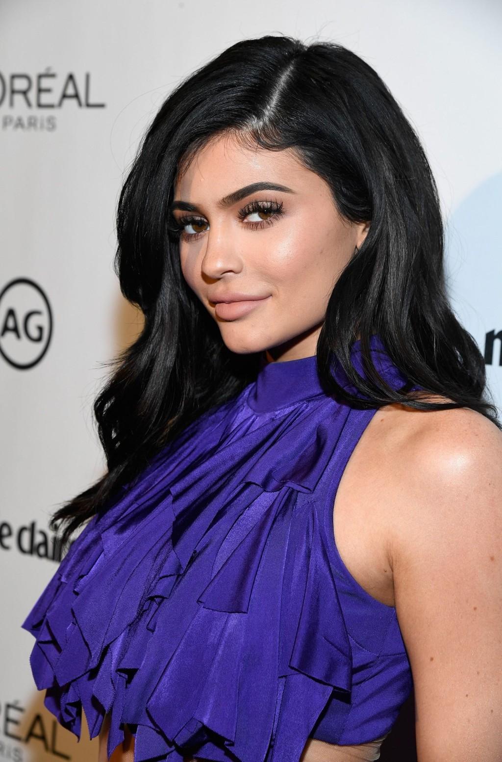SLETTET BILDENE AV DATTEREN: Kylie Jenner har slettet alle bildene av datteren Stormi Webster hvor ansiktet hennes synes på Instagram.