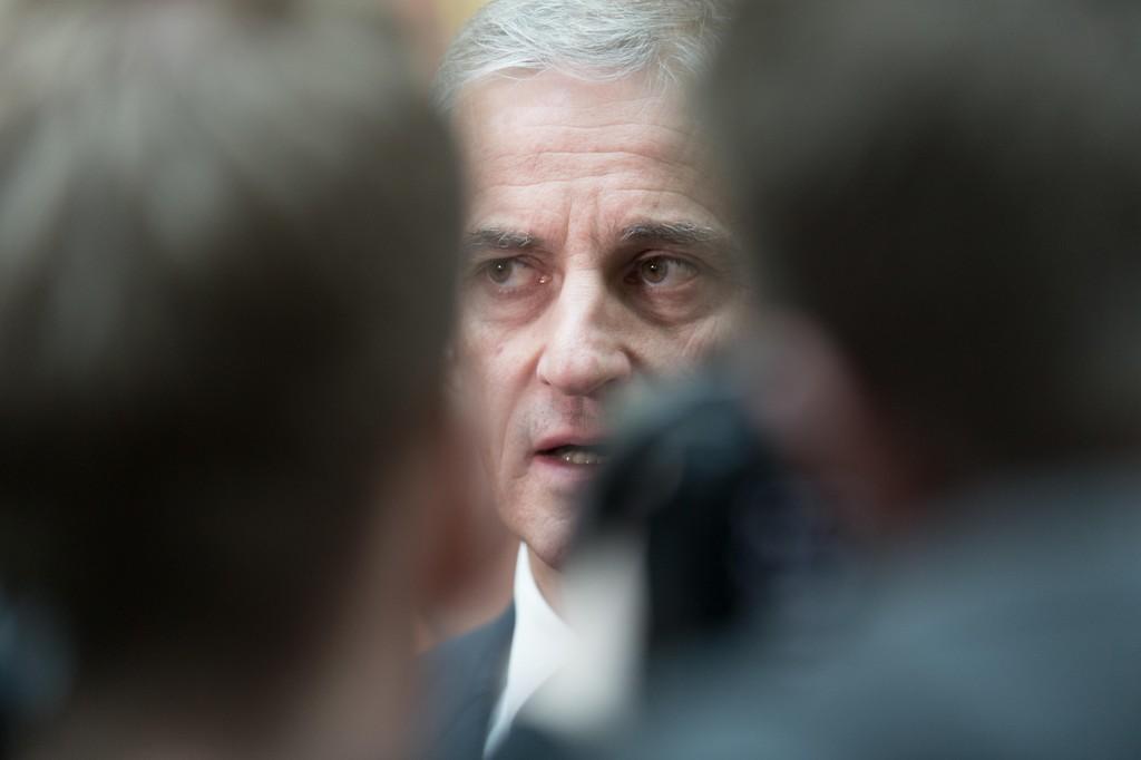 TØFF TID: Arbeiderpartiets leder Jonas Gahr Støre er i åpen konflikt med sin egen nestleder Hadia Tajik.