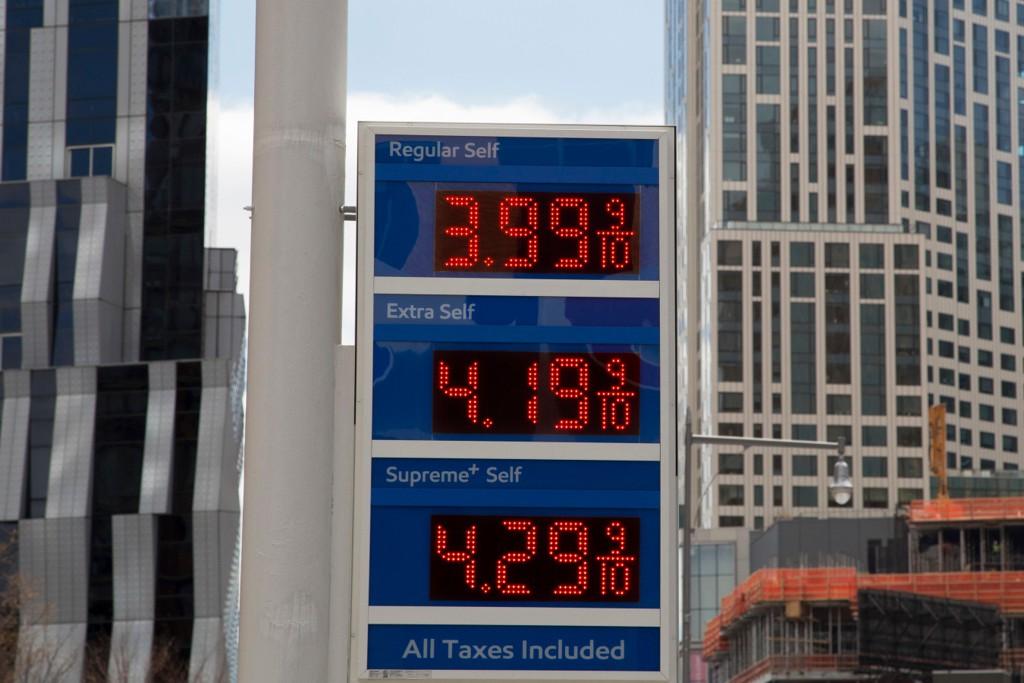 Oljeprisene er for høye og OPEC har skylden, uttalte Donald Trump onsdag. Foto: AP / NTB scanpix
