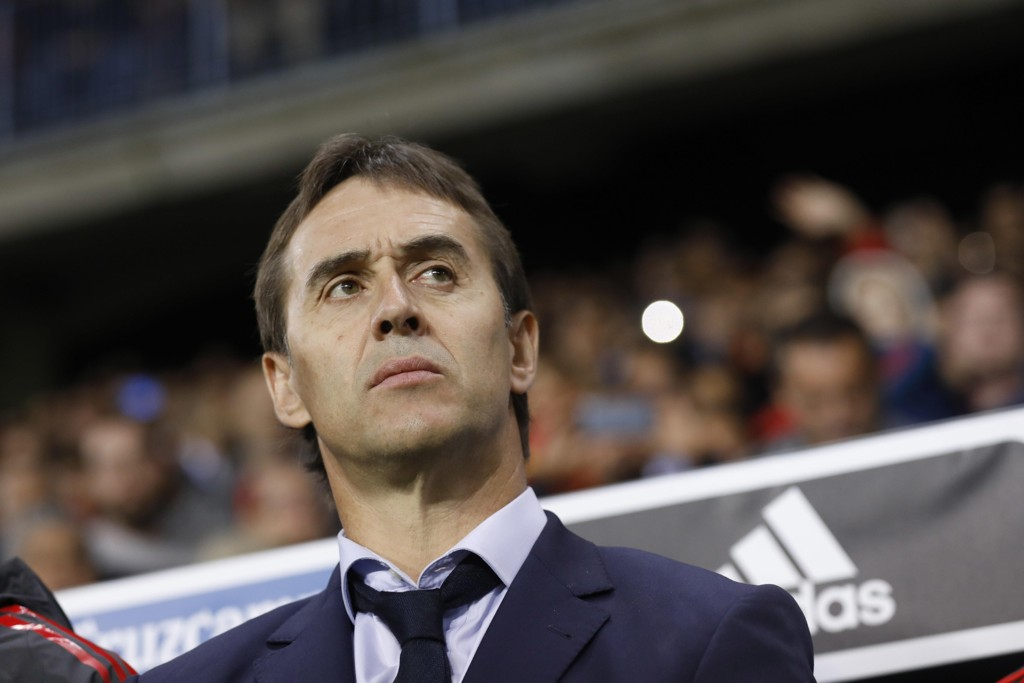 Julen Lopetegui presenteres som ny trener for Real Madrid torsdag. Foto: AP Photo/Miguel Morenatti/NTB scanpix.