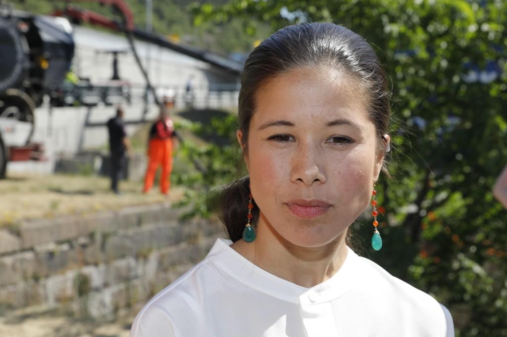 MÅTTE SVARE: Miljø- og samferdselsbyråd Lan Marie Nguyen Berg (MDG) i Oslo måtte svare for fjerningen av HC-plasser på Fridtjof Nansens plass utenfor rådhuset i bystyrets møte onsdag.