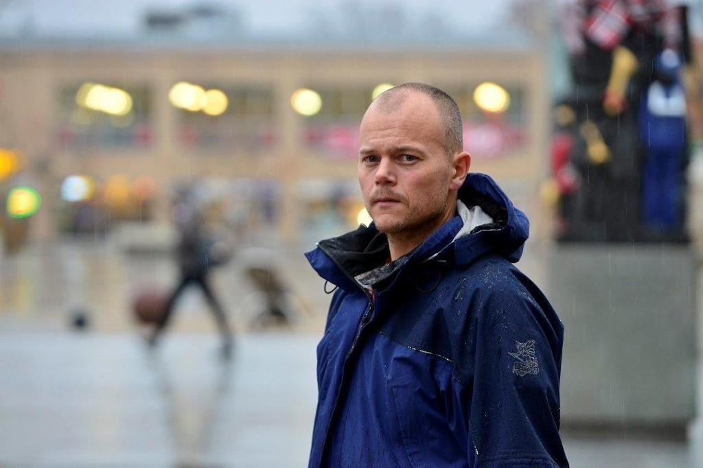 ADVARER: Leder av ungdomsgruppa i politiet, Espen Molland.