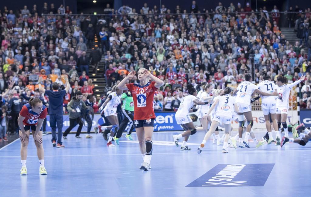 De norske håndballjentene tapte VM-finalen i Tyskland i desember. Om seks år skal tyskerne arrangere EM for menn. Foto: Vidar Ruud / NTB scanpix