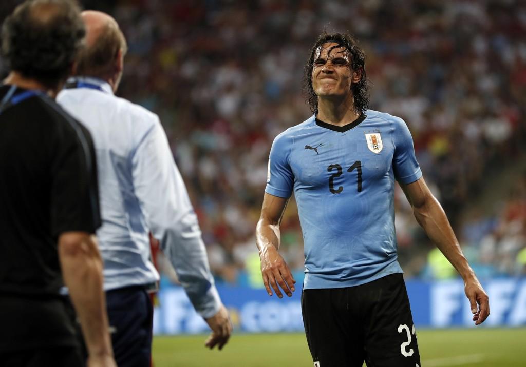 Viasat-kunder vil fortsatt kunne se øyeblikk som da Edinson Cavani ble tomålshelt mot Portugal i VM lørdag på TV 2.