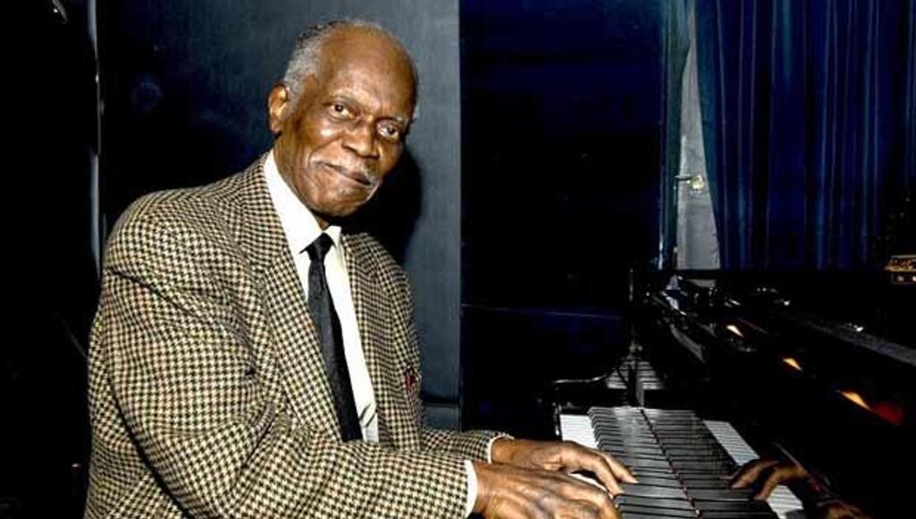 Hank Jones - en av jazzens aller største pianister.
