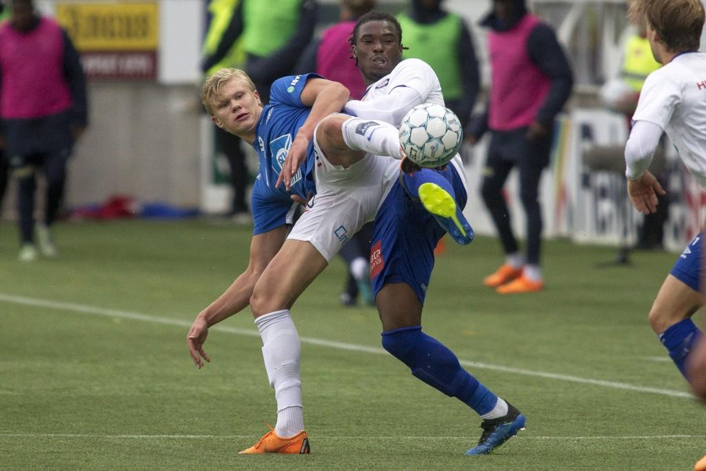 Erling Braut Håland (t.v.) har gjort braksuksess i eliteserien de siste ukene. Kan han også ta Europa med storm?