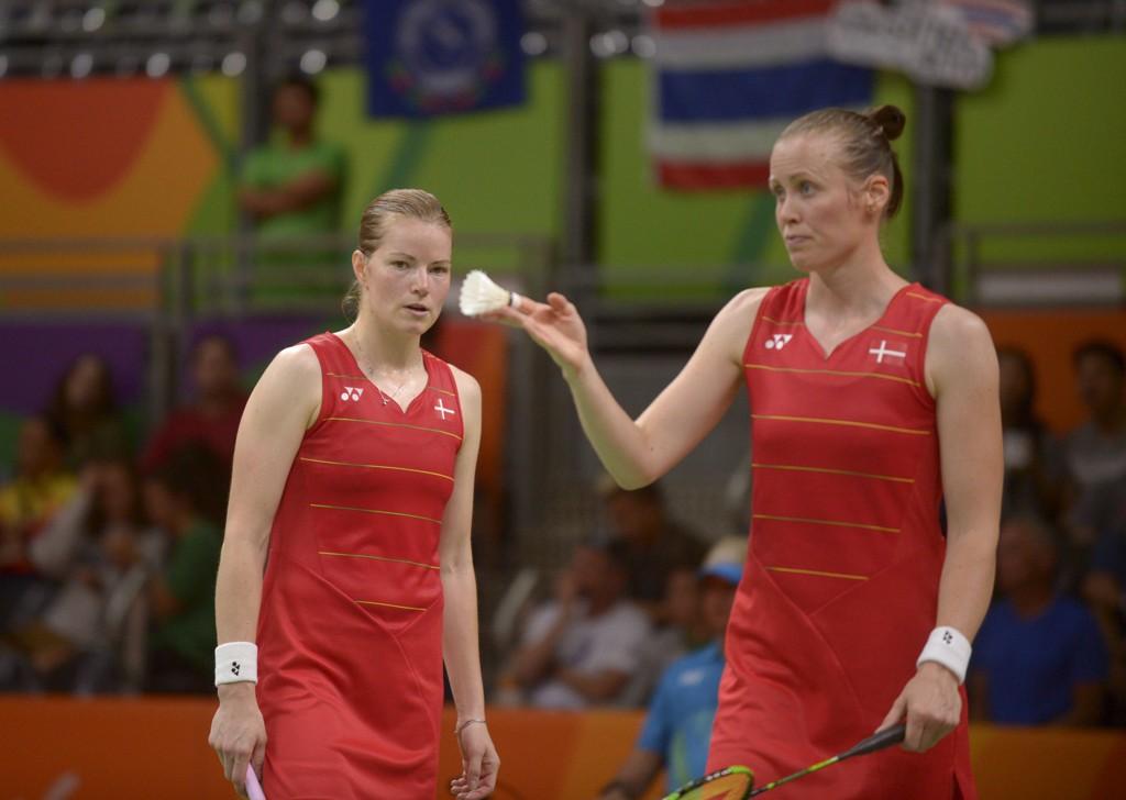 Kamilla Rytter Juhl (til h.) er blitt gravid og avslutter badmintonkarrieren. Her er hun med samboer Christinna Pedersen i OL-finalen i 2016. Foto: Timo Jaakonaho, Lehtikuva / NTB scanpix