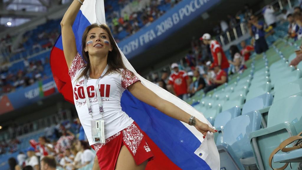 SLUTT: FIFA ønsker at kringkastere skal slutte å vise bilder av flotte damer på tribunen.