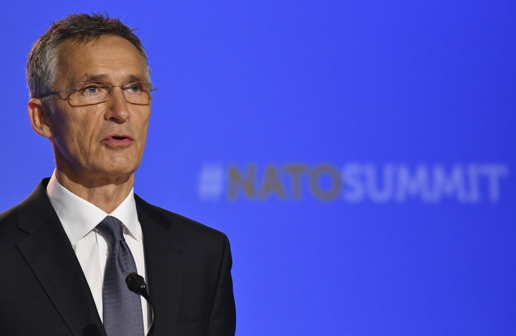 NATO-sjef Jens Stoltenberg sier president Donald Trumps budskap om NATO-budsjetter har vært klart og tydelig. Foto: Geert Vanden Wijngaert / AP / NTB scanpix