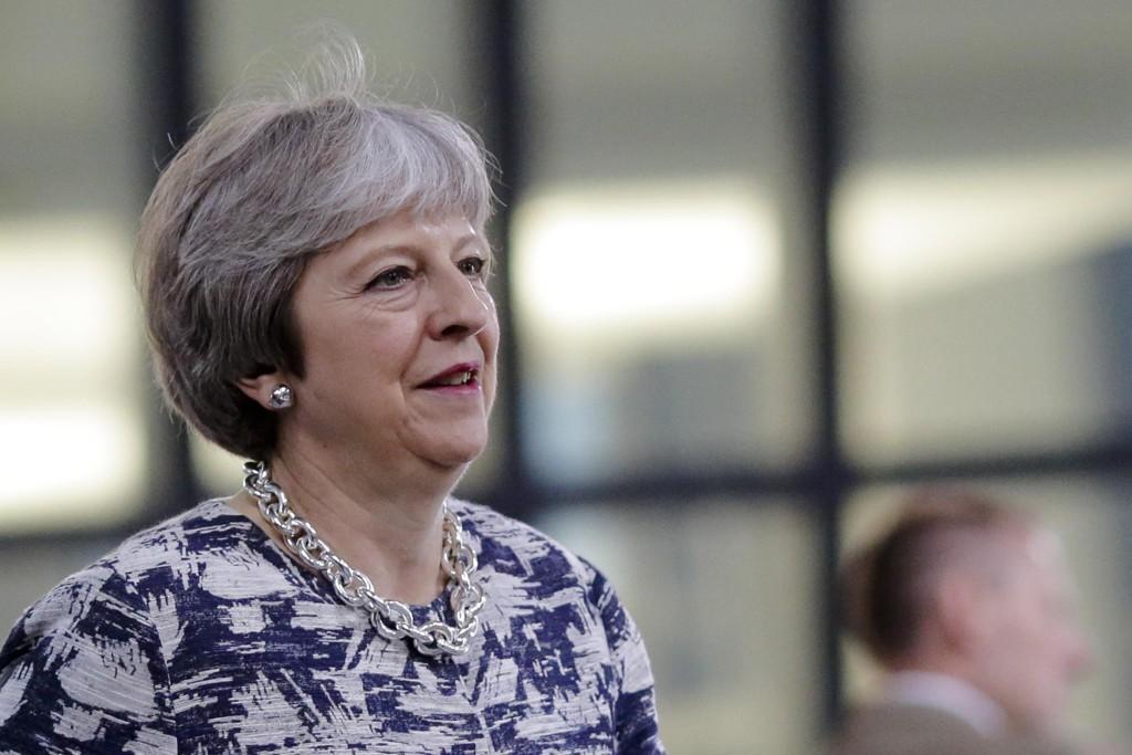 Statsminister Theresa May la fram brexit-planen torsdag. Foto: Markus Schreiber / AP / NTB scanpix