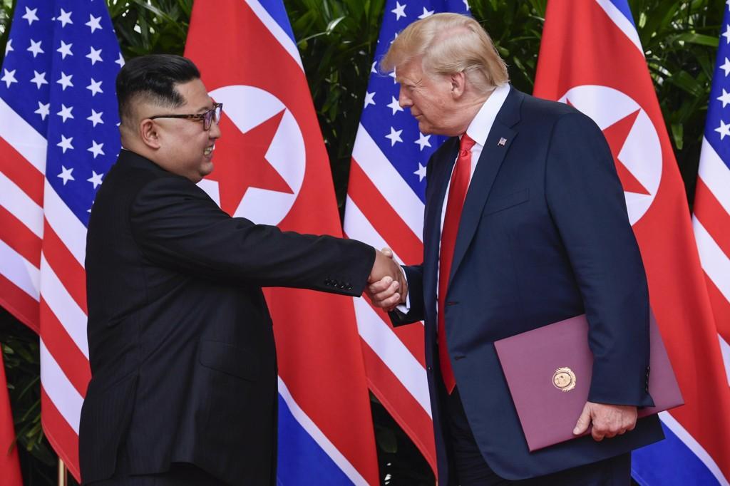 Nord-Koreas leder Kim Jong-un og USAs president Donald Trump møttes i Singapore i forrige måned. Foto: AP / NTB scanpix