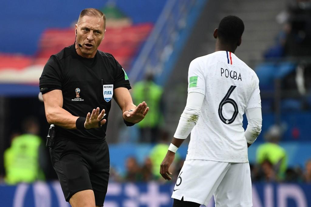 VM-FINALEN Nestor Pitana får et gjensyn med Paul Pogba når han skal dømme søndagens VM-finale.