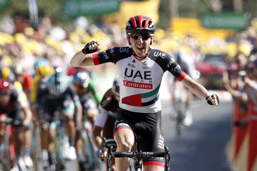 Dan Martin jubler for etappeseier i Tour de France torsdag. Foto: Christophe Ena / AP / NTB scanpix