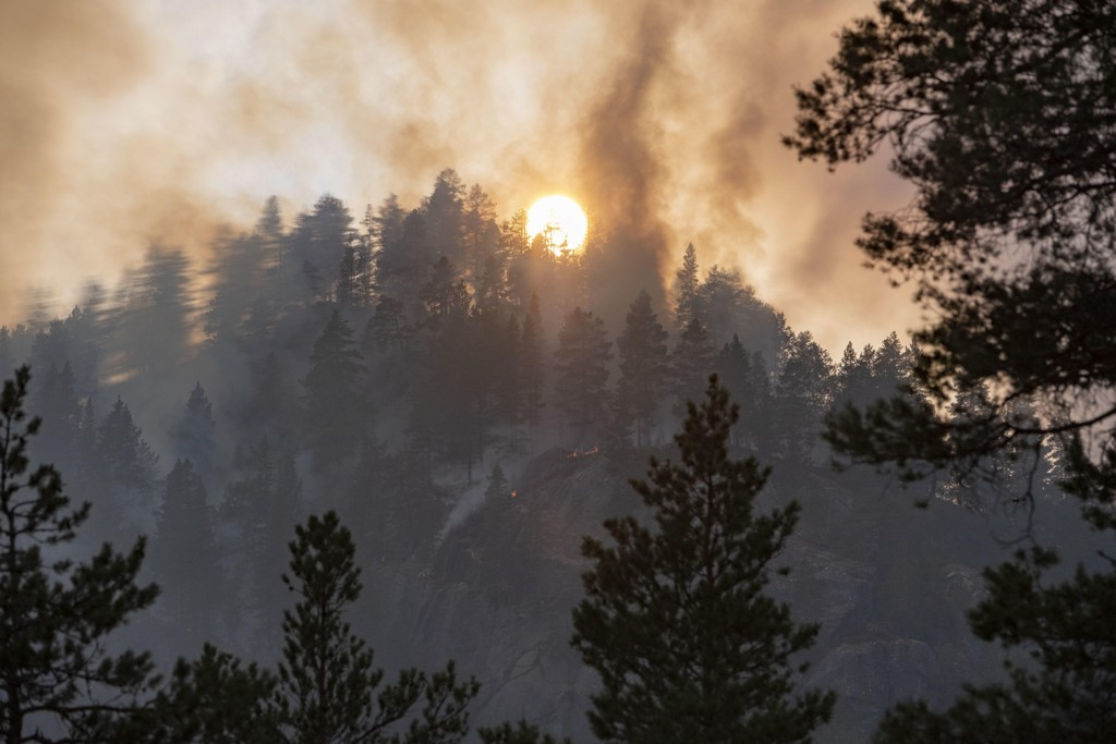 brann i sverige kart BRANN , POLITI   Politi og brannvesen fortviler – ber folk slutte  brann i sverige kart