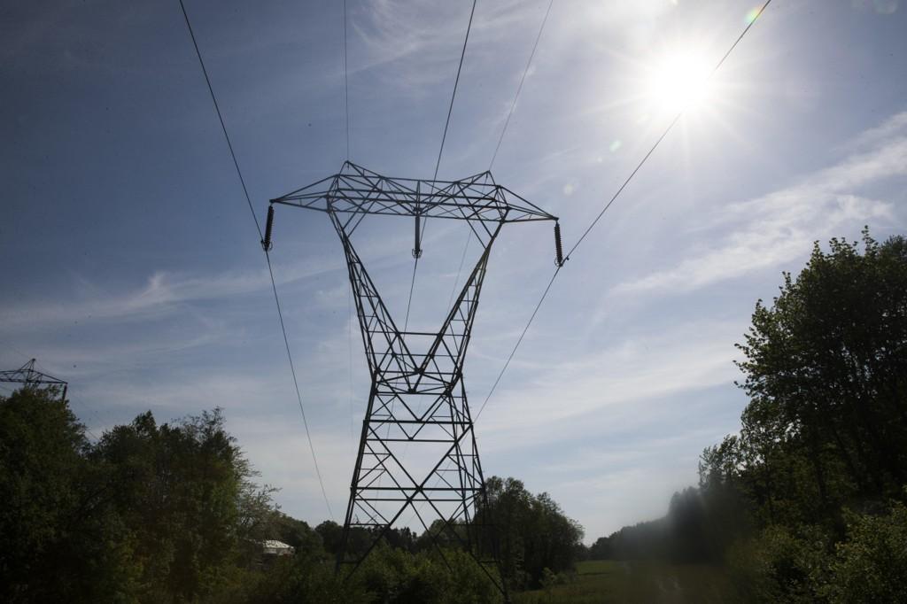 Mens du betaler en av de høyeste strømprisene noen gang, har Norge fortsatt eksporten til utlandet.