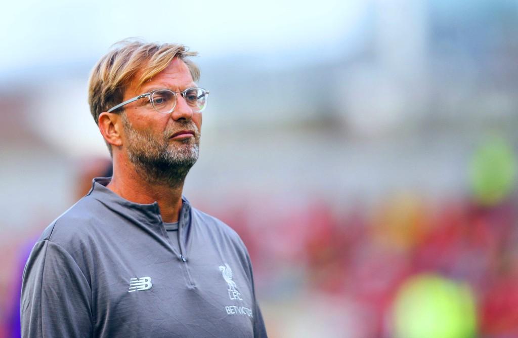 BEKYMRINGER: Jürgen Klopp, her avbildet under treningskampen mot Napoli i Dublin nylig.